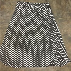 Robert Louis skirt black white plus size 3X 5/25